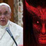 Za krizi se zneužíváním dětí viní papež Satana, žádá archanděla o pomoc