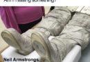 Tak jak to bylo s těmi botami Neila Armstronga?