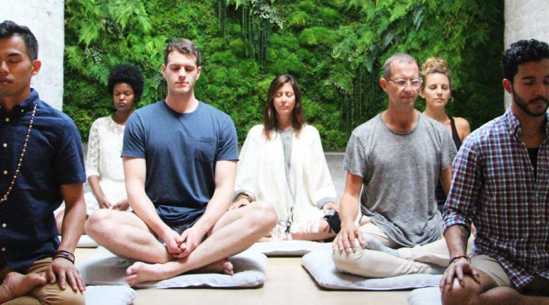 Věda potvrzuje, že hromadná meditace skutečně funguje