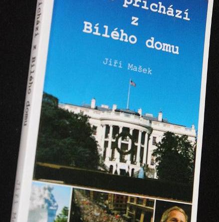 Má kniha Mráz přichází z Bílého domu (2004) elektronicky volně ke stažení