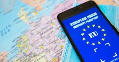 Obrovská skupina lékařů z 30 zemí píše Europarlamentu: imunitní pasy nejsou založeny na vědeckých poznatcích